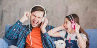 bahaya-menggunakan-headset-doktersehat