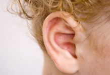 penyebab-telinga-gatal-doktersehat