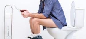 doktersehat-toilet-wasir-kencing-berdarah