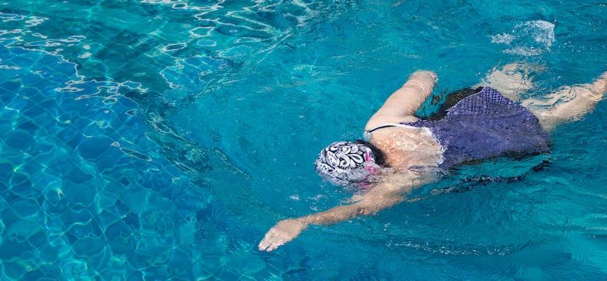 Ingin Lebih Banyak Membakar Kalori? Berenanglah di Air Dingin