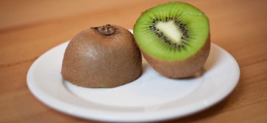 Kiwi, Buah Segar yang Mampu Mencegah Penuaan Dini Secara Alami