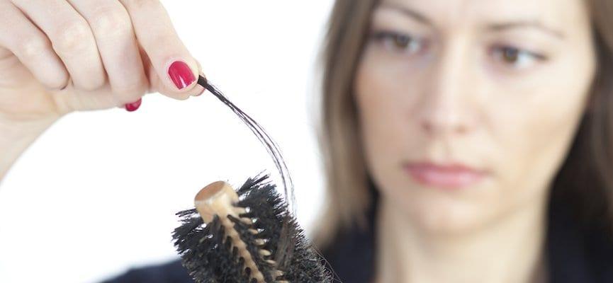 Kerontokan Rambut Pada Wanita