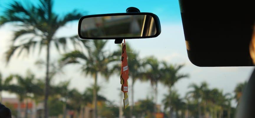 Waspada, Jangan Asal Menempatkan Wewangian di AC Mobil