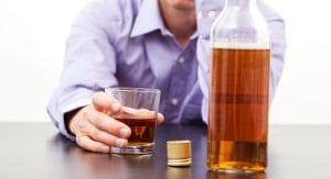 alkoholisme-kecanduan-alkohol
