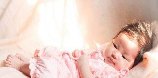 Doktersehat-biang-keringat-pada-bayi