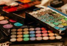 doktersehat-bahaya-komposisi-makeup