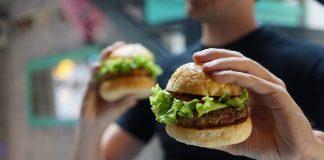 doktersehat-bahaya-makan-burger