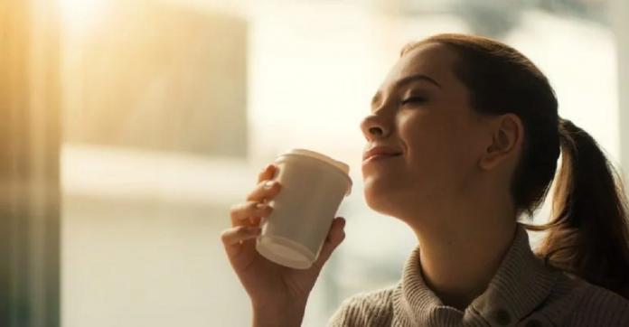 doktersehat-ibu-hamil-minum-kopi