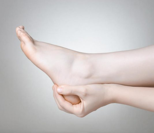 nyeri kaki-doktersehat-1024