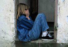 dampaknya-bagi-psikologi-anak-karena-perselingkuhan-doktersehat
