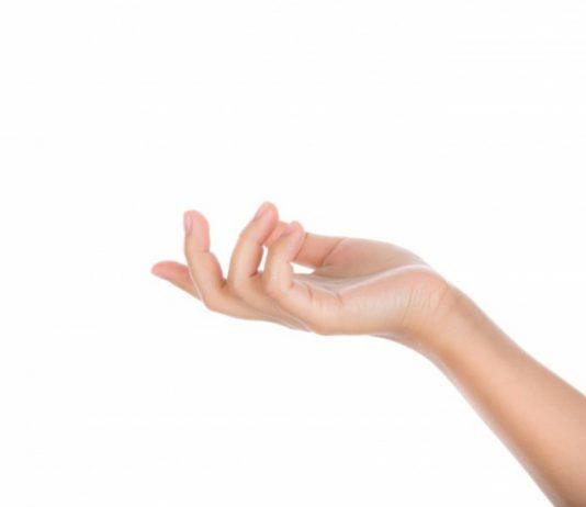 tangan-berkeringat-berlebihan-doktersehat