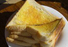 Manfat-risiko-sarapan-roti-bakar-doktersehat-1