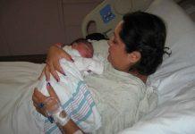 keuntungan-lahiran-normal-doktersehat