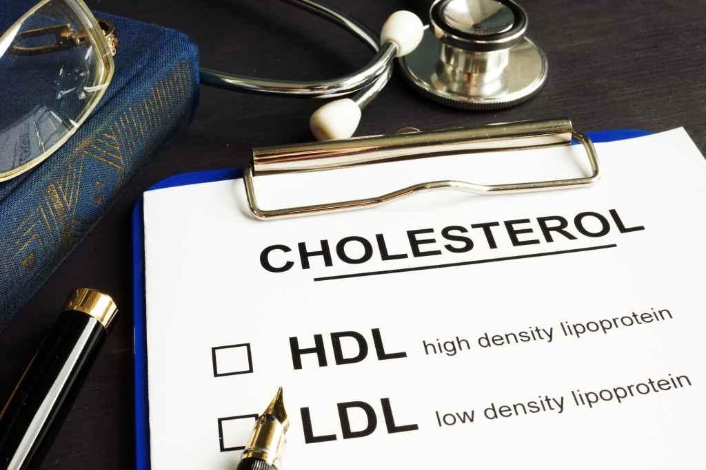 Kolesterol: Gejala, Penyebab, Diagnosis dan Pengobatan
