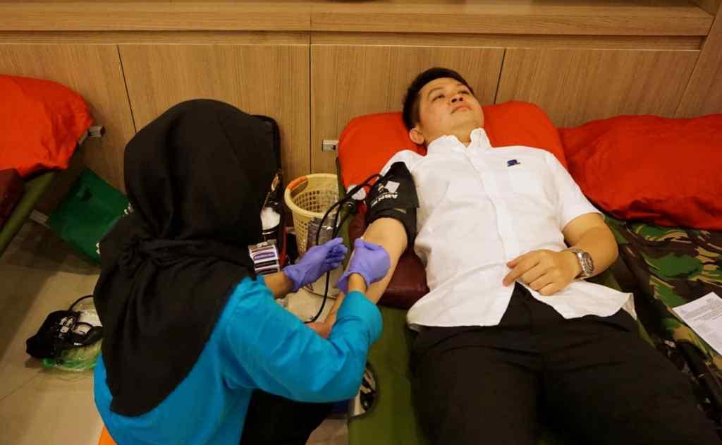 Donor Darah Bisa Turunkan Kolesterol