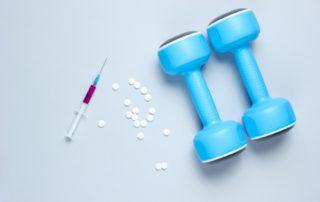 Doping: Jenis, Risiko, Cara Kerja, dan Aturan Penggunaan