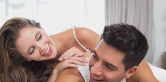 foreplay-dengan-pasangan-pasif-doktersehat