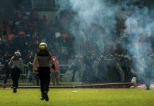 kerusuhan-sepakbola-doktersehat