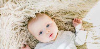 mainan-bayi-2-bulan-doktersehat