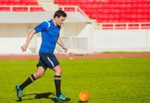 teknik-dasar-sepak-bola-doktersehat