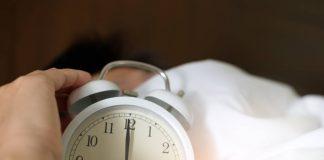 tidur-terlalu-pendek-dan-lama-doktersehat
