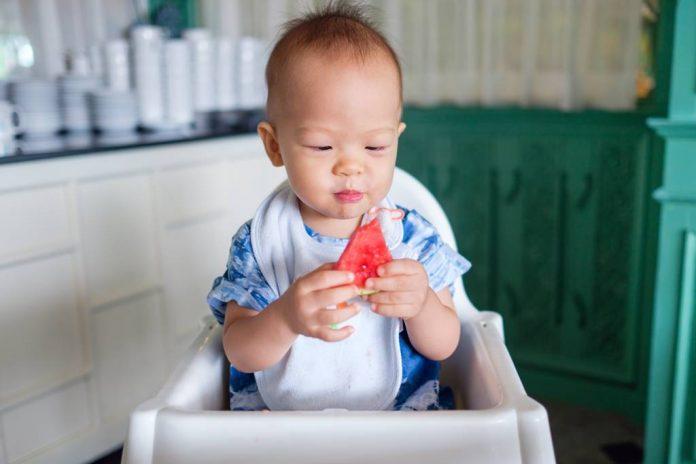 vitamin-untuk-tumbuh-kembang-bayi-doktersehat