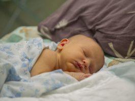 cara-menidurkan-bayi-dengan-cepat-doktersehat