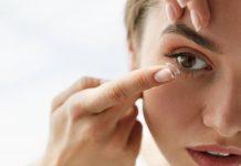 lensa-kontak-dan-mata-merah-doktersehat