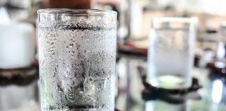 minum-lebih-banyak-air-doktersehat