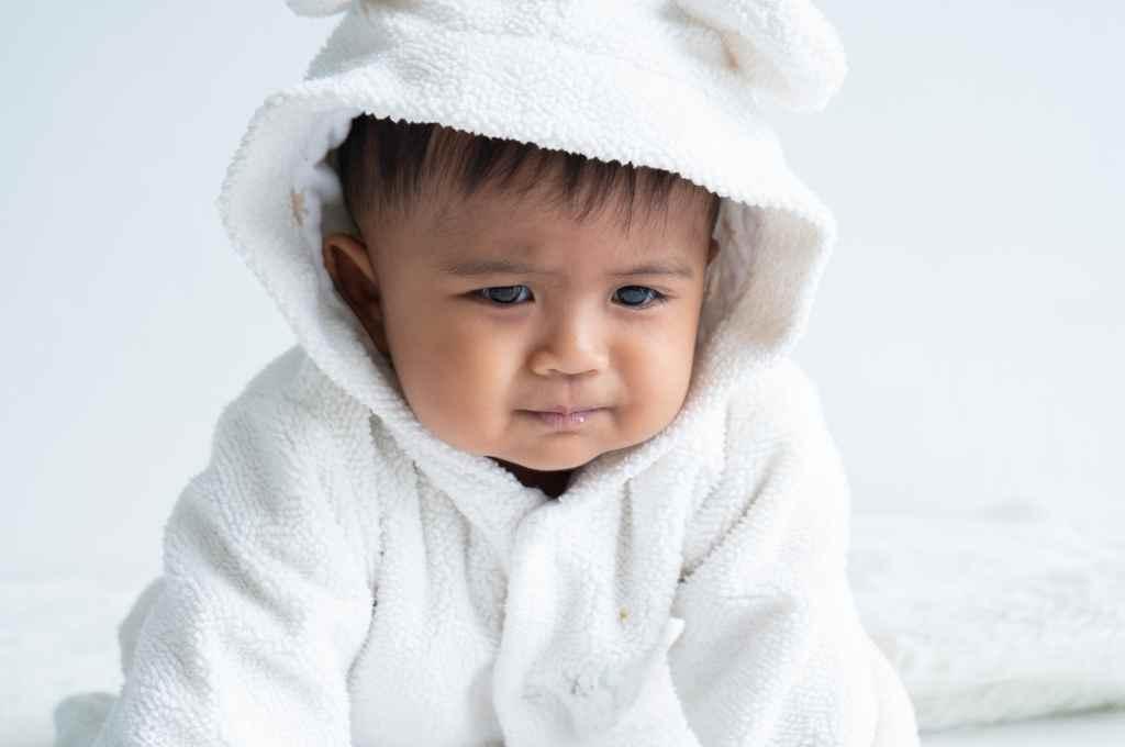 6 Cara Mengatasi Sembelit pada Bayi: Penyebab, Gejala, dll
