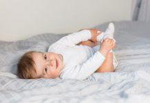 perkembangan-bayi-5-bulan-doktersehat