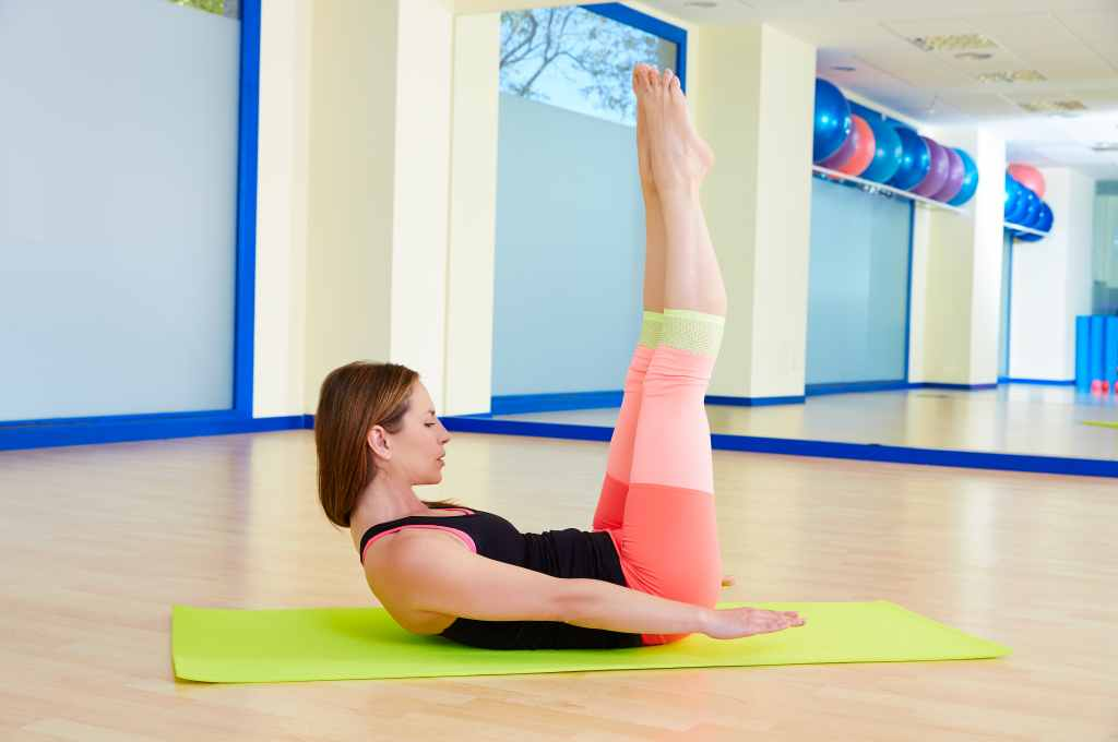 Pilates: Manfaat, Gerakan untuk Pemula, dll