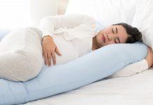 cara-mengatasi-susah-tidur-saat-hamil-8-bulan-doktersehat