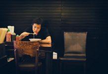 makan-sendiri-dokersehat