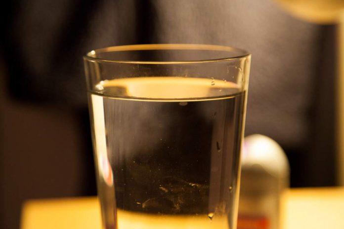 minum-air-banyak-doktersehat