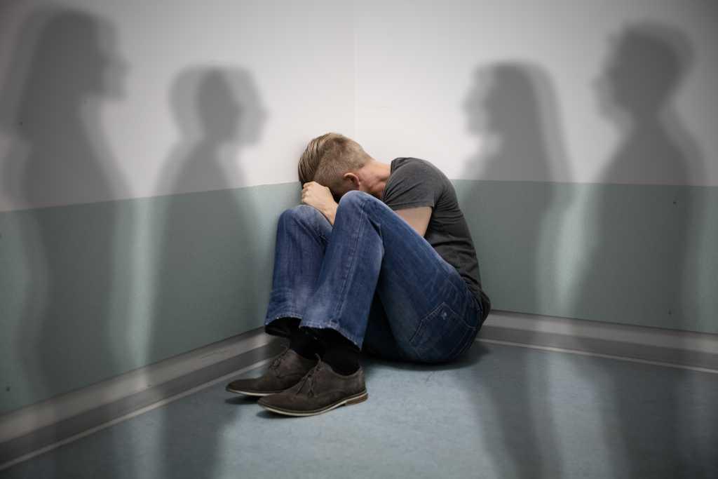 Antipsikotik: Manfaat, Dosis, Efek Samping, dll