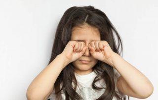 9 Jenis Sakit Mata pada Anak dan Cara Mengatasinya yang Ampuh