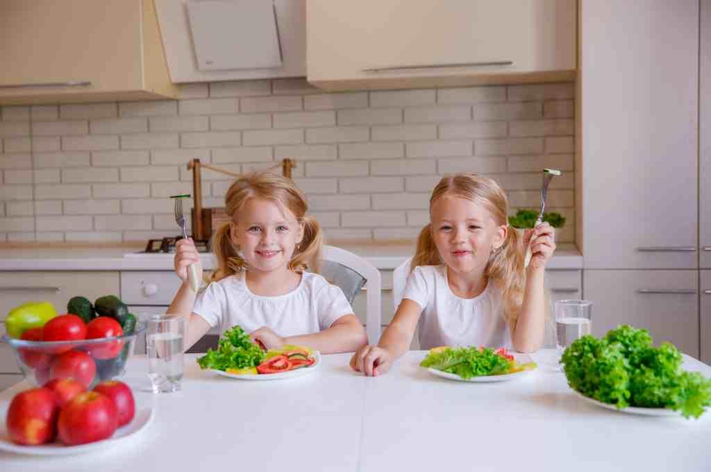 11 Makanan Sehat untuk Anak (Bergizi Tinggi)