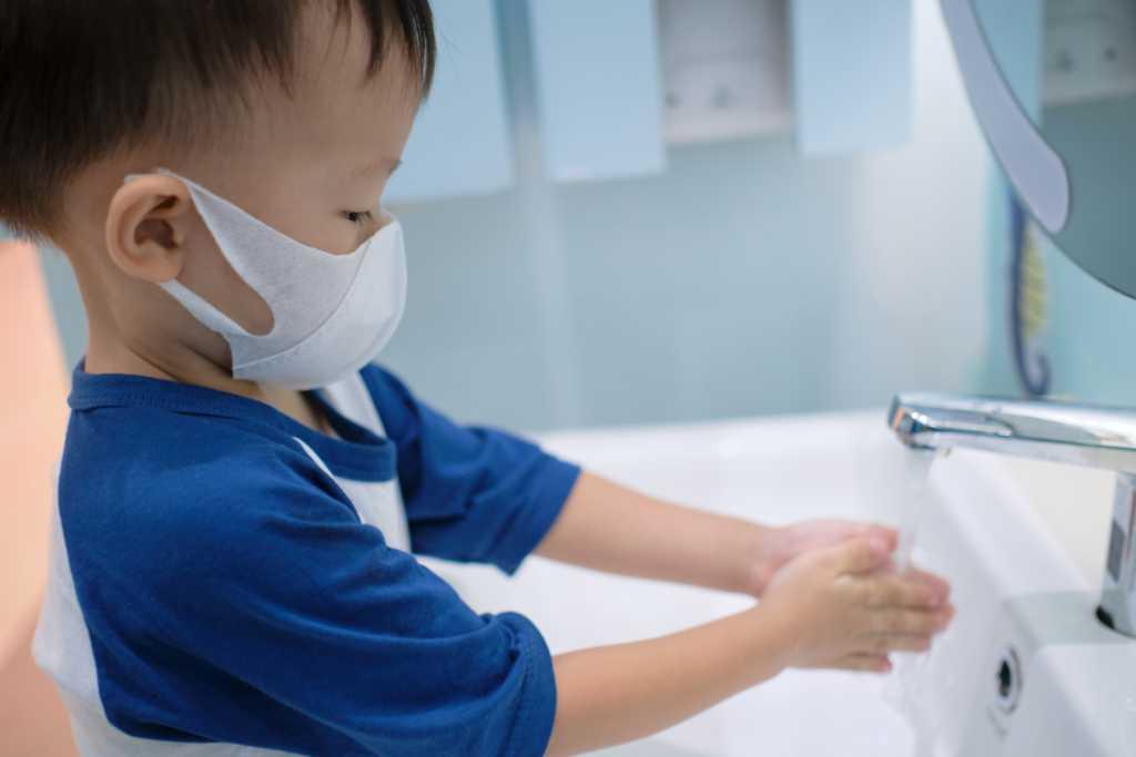 virus-corona-covid-19-pada-anak-doktersehat