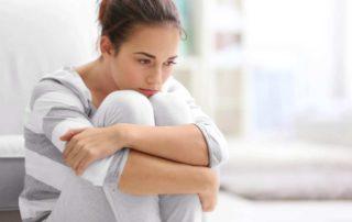 Cherophobia (Fobia Bahagia): Gejala, Penyebab, dan Cara Mengatasi