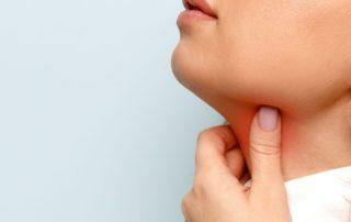 Sariawan di Tenggorokan: Gejala, Penyebab, Cara Mengobati, Pencegahan, dll