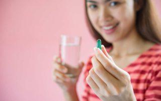 Mengenali Obat Penunda Haid dan Aturan Mengonsumsinya