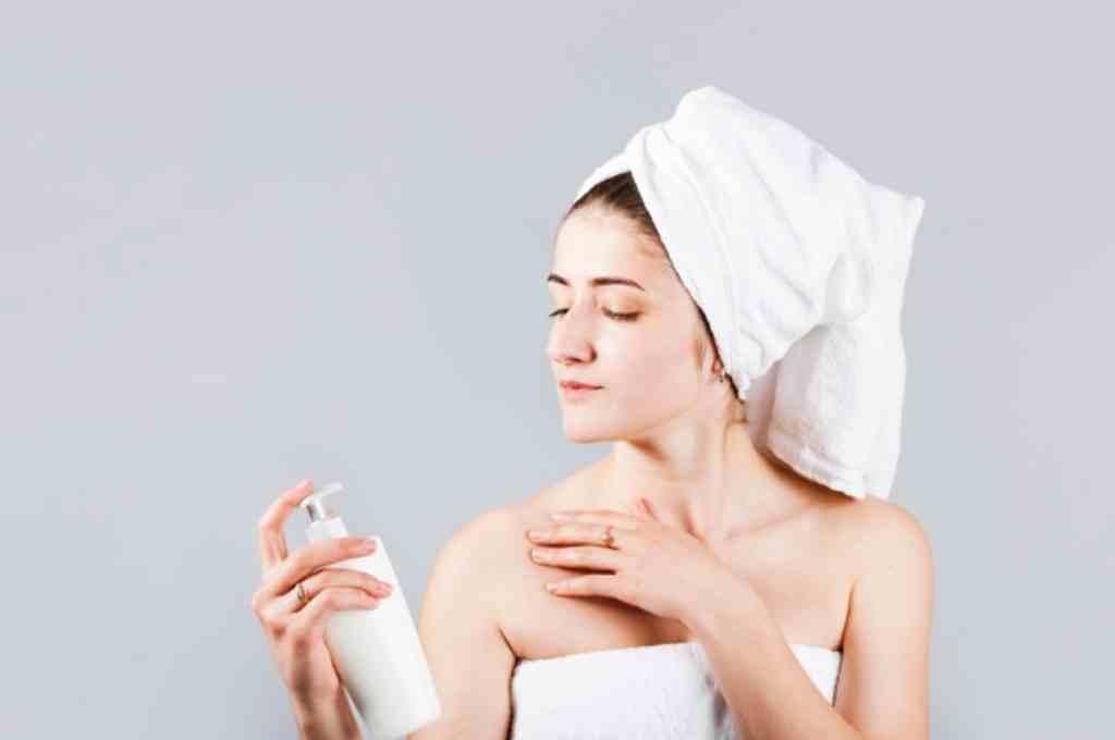 10 Urutan Body Care Routine untuk Mencerahkan Kulit
